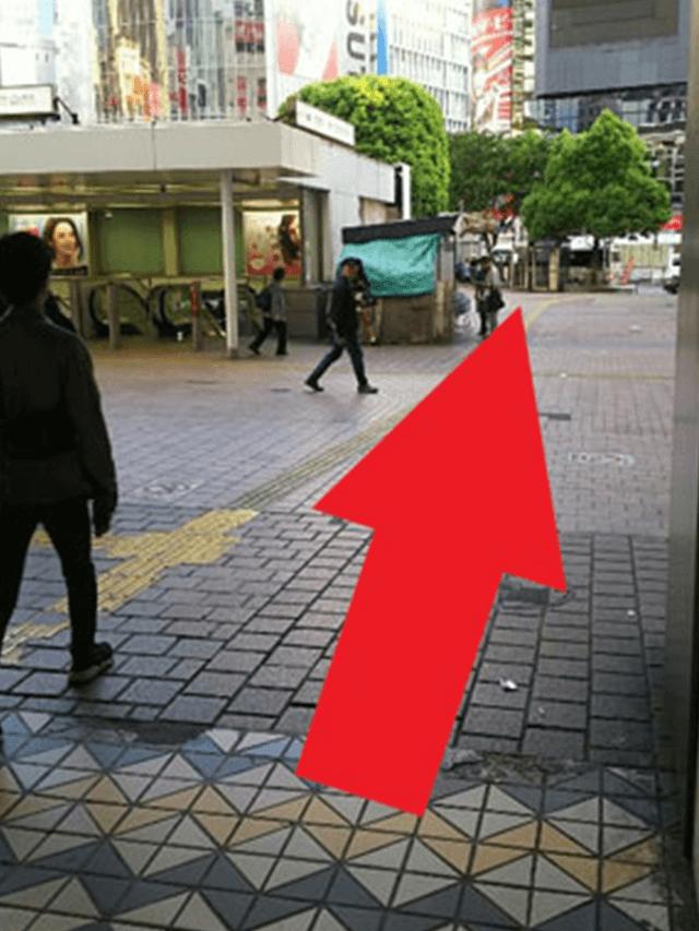 6.真っ直ぐ進みます。右手には「JR渋谷駅(ハチ公改札)」が見えてます。