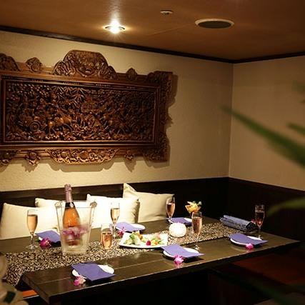 バリの雰囲気漂う個室