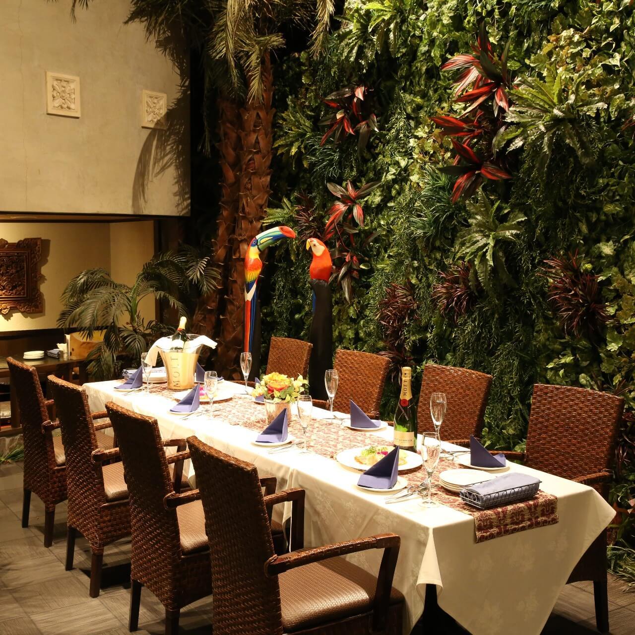 バリ島のジャングルでお食事を♪
