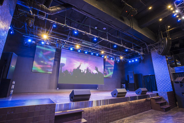 7F PARMS 秋葉原最大の規模の本格ステージが自慢♪(45平米)