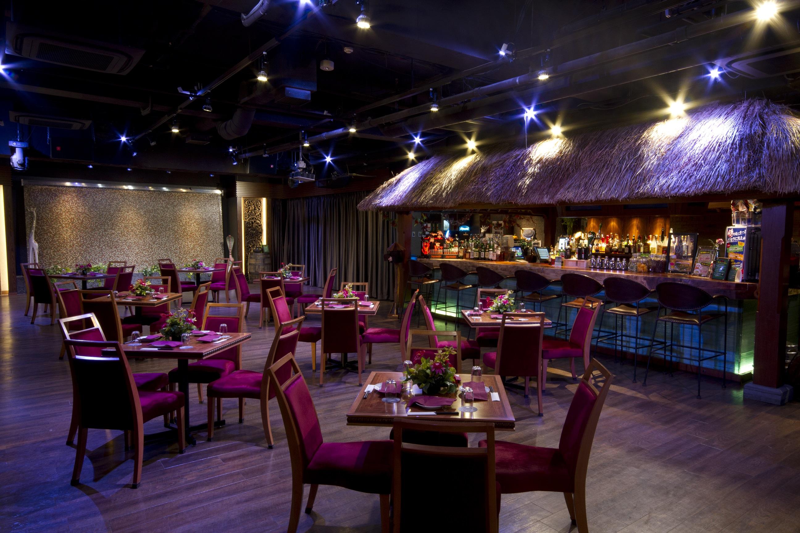 3F Three Monkeys Cafe 南国リゾートのような空間は秋葉原最大級!立食300名様までOK