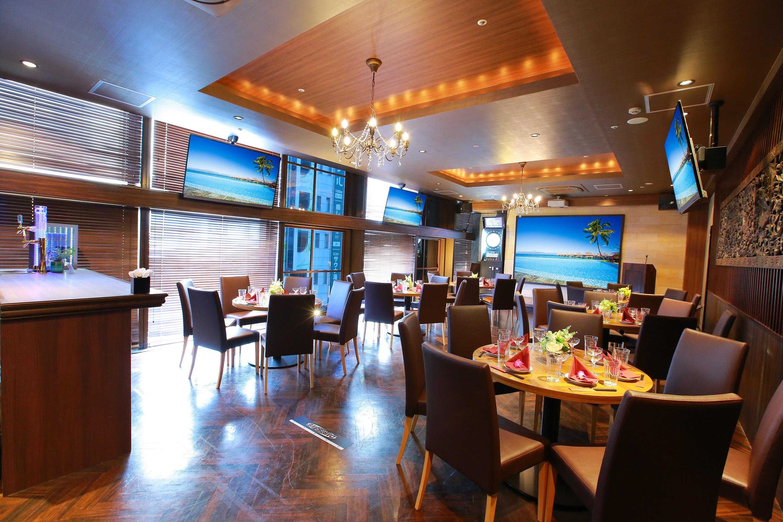 4Fレジェンダ 最大50名様までのパーティー個室。セルフバーカウンター、ダーツ2台、カラオケと総合エンタメ空間♪