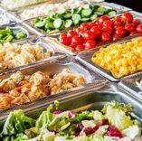 ◆本格カレーや色取り取りのサラダビュッフェも食べ放題◆